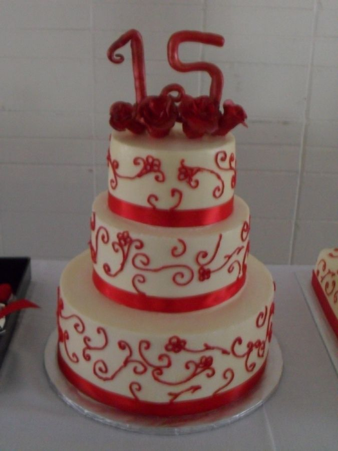 quinceanera cakes images   12 inch cake. Pineapple cake with pineapple filling, straawberry cake ...