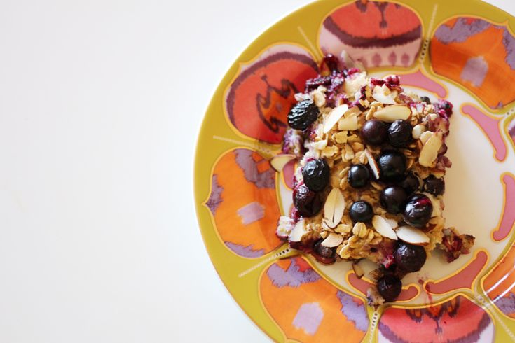 Baked Banana Blueberry Oatmeal Recipe with Danielle of Sometimes Sweet