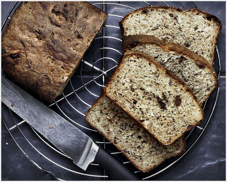 https://flic.kr/p/vwZ6hy | Rye & Raisin Bread