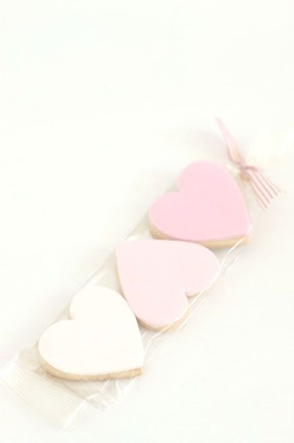 cute heart favor cookies