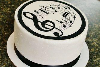 Pastelillo con forma de musica