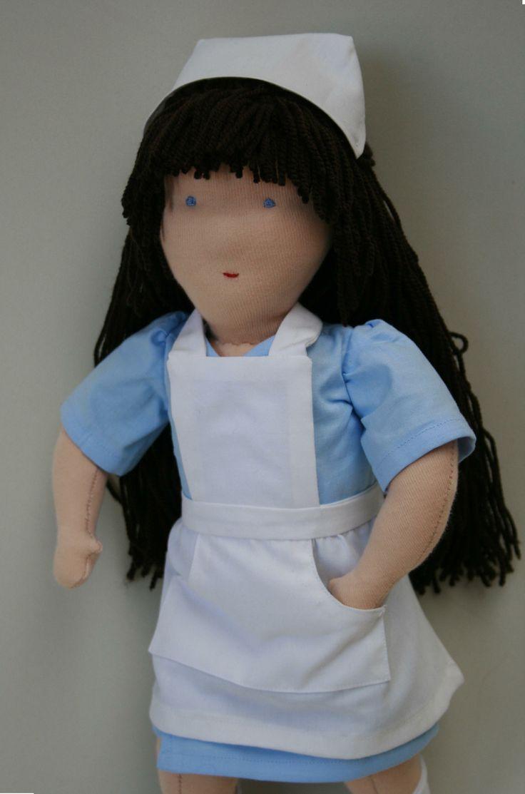 Zdravotní sestra - retro - česací - k prodeji