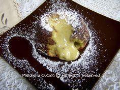 """""""Tortino Cuore Caldo al Pistacchio"""" Link ricetta --> http://blog.giallozafferano.it/melizieincucina/tortino-cuore-caldo-al-pistacchio-ricetta-dolce/"""