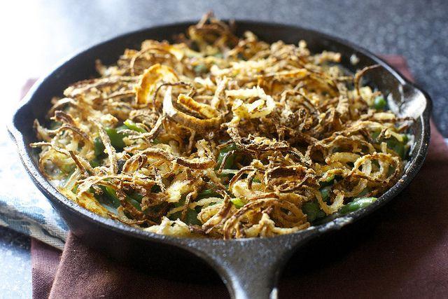 Sperziebonen in champignon saus met gebakken uitjes