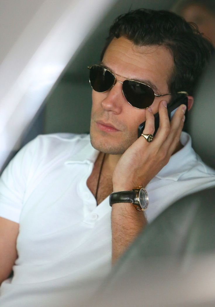 Henry Cavill......THIS should be Christian grey!