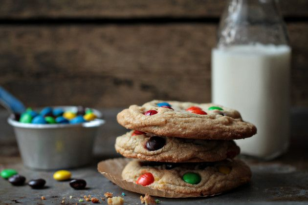 Giant M&M Cookies to Welcome Spring (and the blogger suggests also ...