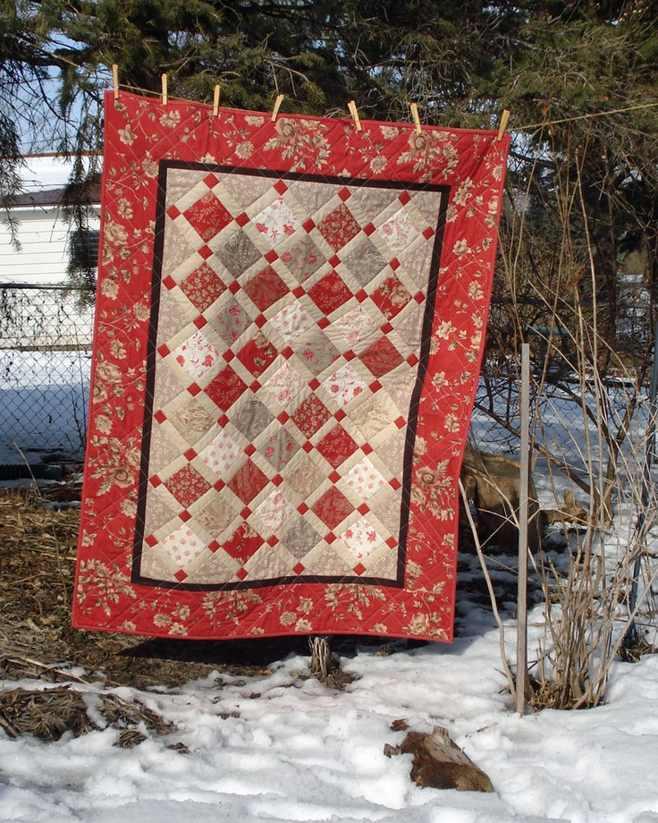 Lap Quilt or Wallhanging in Rouenneries by MulberryPatchQuilts