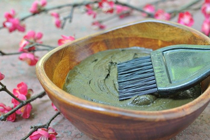 Natural hair dye with henna