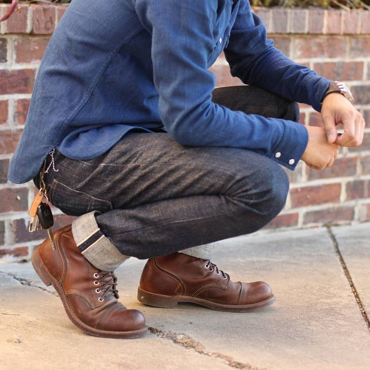 "selvedge1: "" Finally, a decent fall day in Austin! All made-in-America gear. . @rgt Sashiko Western @rgt x @blueowlworkshop Golden Expedition SK @redwingheritage Iron Ranger 8111 @corterleather Bottlehook Rangefinder @stancesocks (not visible)..."