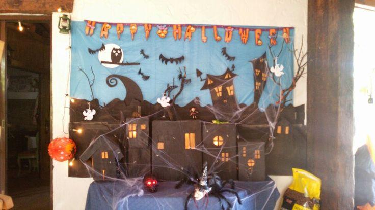 Decorado con cajas de Halloween