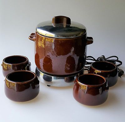 Vintage West Bend Electric Bean Pot stoneware slow cooker and 4 ramekin bowls