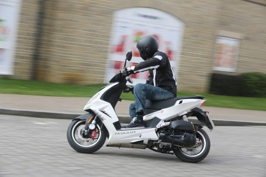 Peugeot Scooter sales-rise
