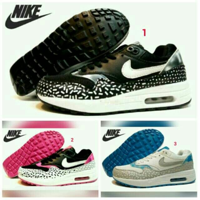 Saya menjual Sepatu NIKE Airmax One Women Ungu Perempuan Olahraga Lari Wanita Running Casual Jogging Sport Santai seharga Rp249.000. Dapatkan produk ini hanya di Shopee! {{product_link}} #ShopeeID