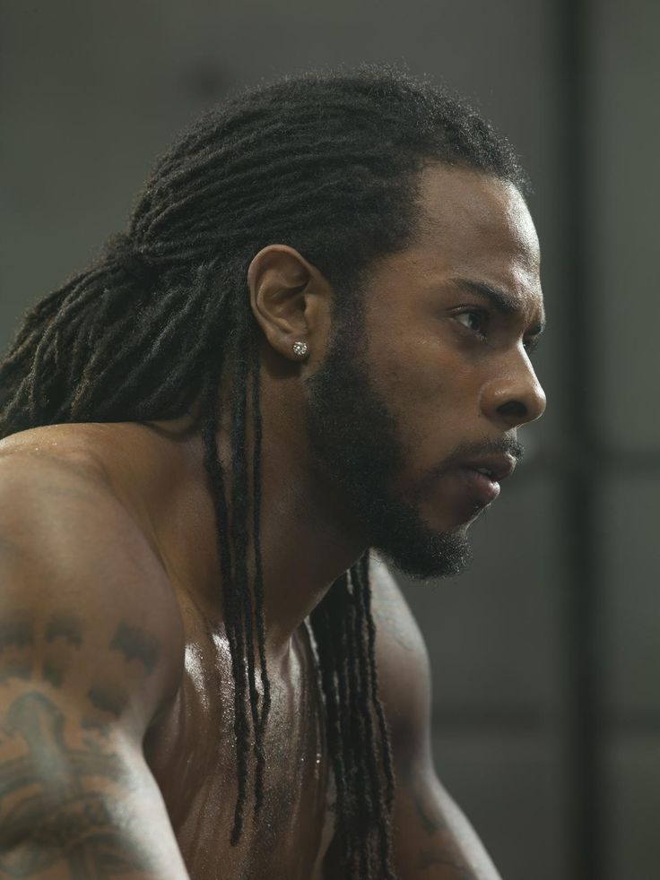 Who's so damn gorgeous and the best CB in the league? THIS MAN! RICHARD SHERMAN<3