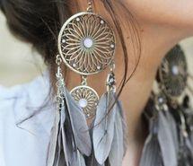 must get these earrings. asap.: Big Earrings, Dreams Catcher Jewelry, Feathers Earrings, Cute Earrings, Dreamcatchers, Boho, Accessories, Dreams Catcher Earrings, Native American