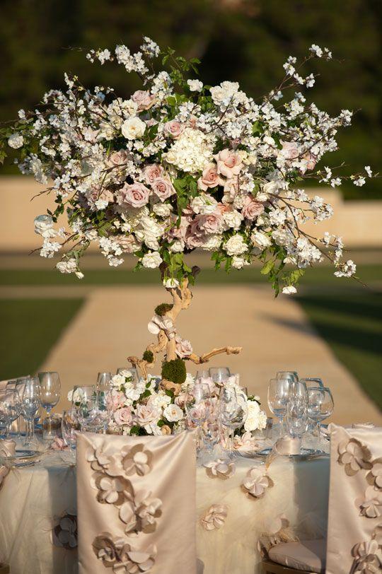 pretty // Studio EMP, Nisies Enchanted Florist via CeremonyBlog.com (6)