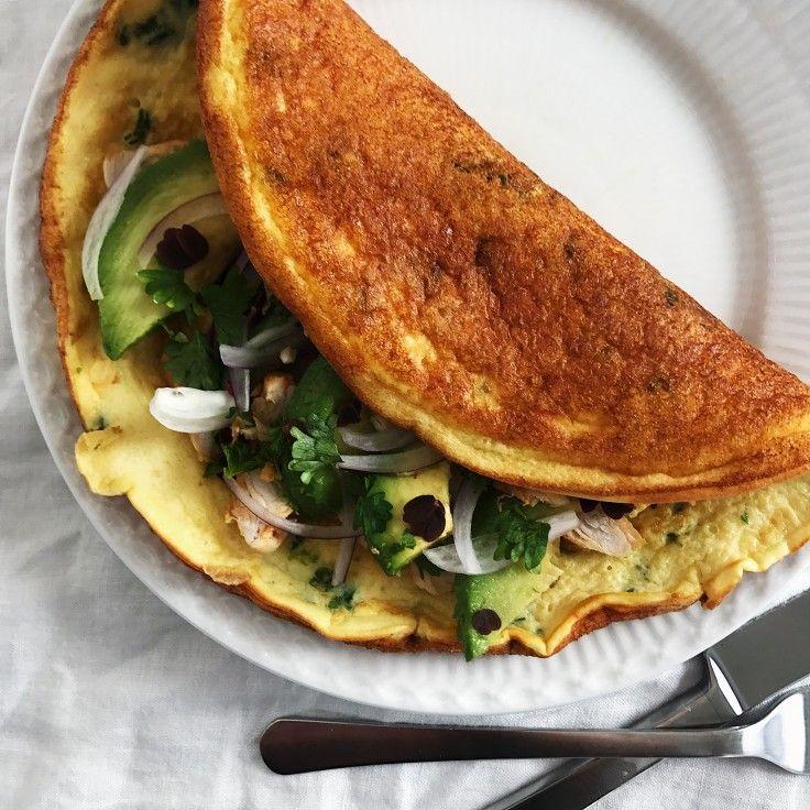 En æggewrap smager helt fantastisk. Denne opskrift på hjemmelavet æggewrap er med æg og skyr og er utrolig nem og hurtig at lave!
