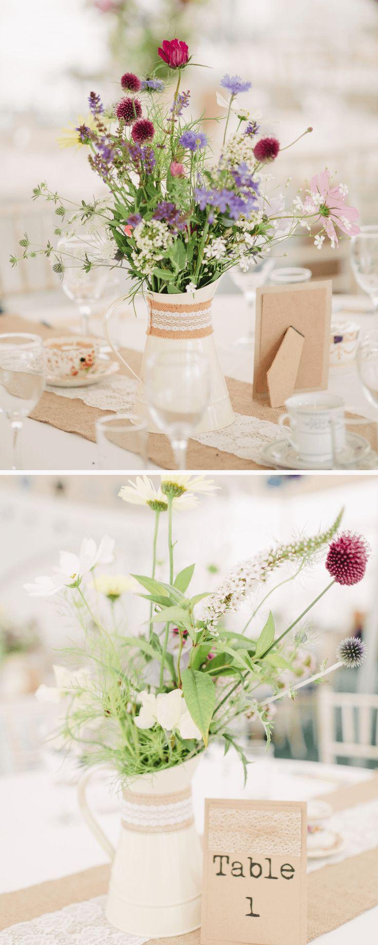 Wildblumen-Dekoideen für rustikale Hochzeiten