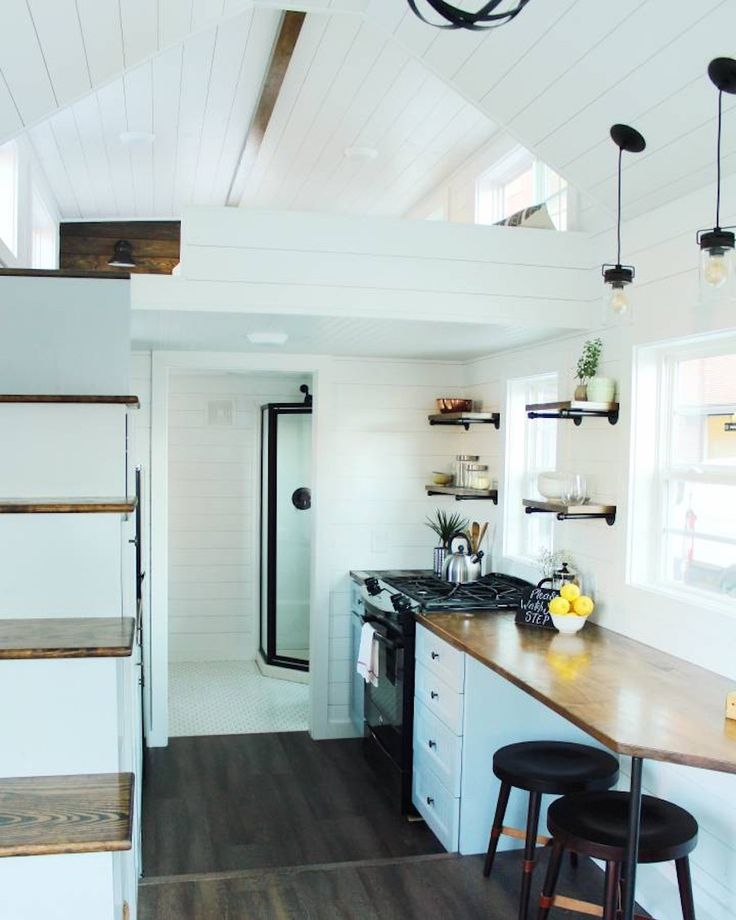 500 best Teeny Tiny House images on Pinterest | Tiny house cabin ...