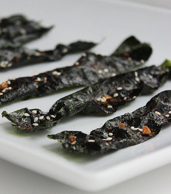 """<p>Craving the crunch of potato chips but on a Whole30 diet? Welcome these <a rel=""""nofollow"""" href=""""http://www.popsugar.com/Seaweed-Chip-Recipe-31049988"""">seaweed chips</a> to your roster or appetizers. They're cholesterol-free and high in vitamin A, and seven of these spicy seaweed chips are only 42 calories.   </p>"""
