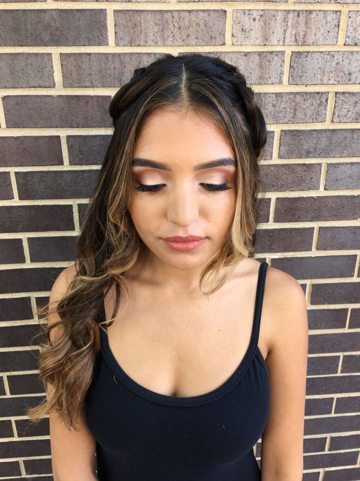 gorgeous eye makeup look, perfect for summer bridesmaids   hair + makeup by goldplaited
