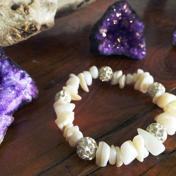 Crystals Bracelet Boho Stretch in White Agate