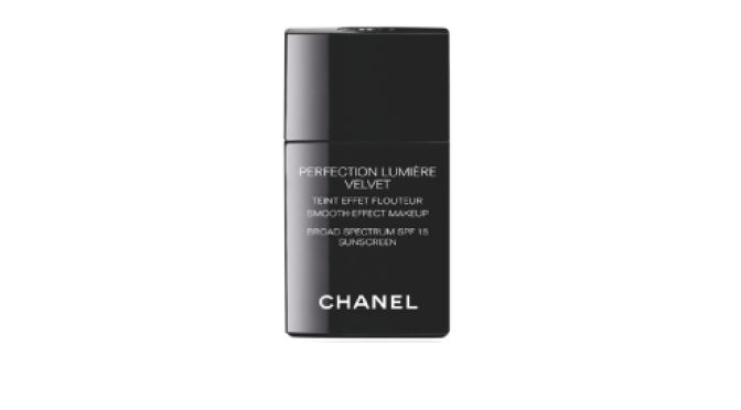 Chanel  Perfection Lumiere Velvet Foundation Makeup