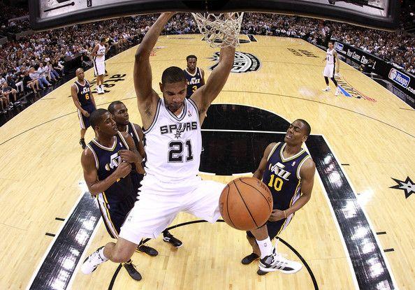 Tim Duncan Photos: Utah Jazz v San Antonio Spurs - Game One