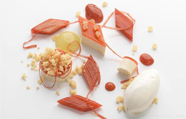 Daniel Clifford 's Vanilla Panna Cotta with Rhubarb, Apple and Ginger | Great British Chefs