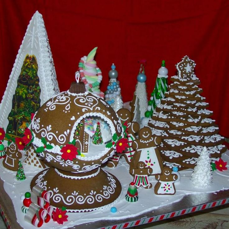 60 Best Images About Gingerbread Houses On Pinterest