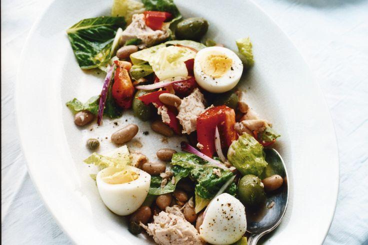 Tonfisksallad med bönor och ägg - perfekt till lunchen, picknicken, middagen, buffén - den passar alltid bra helt enkelt!
