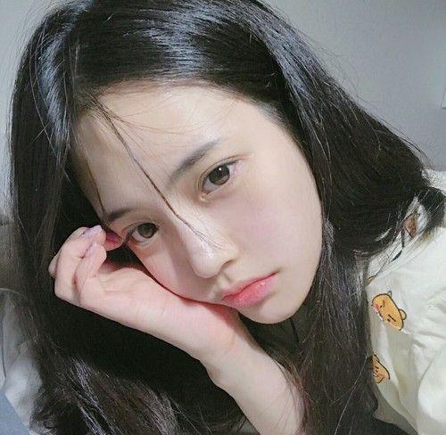 girl, korean and ulzzang image on We Heart It