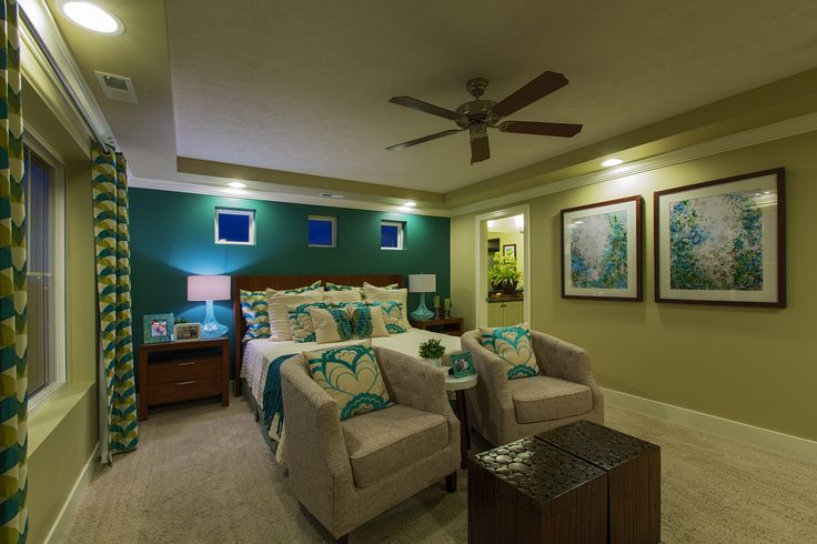 Avon_Master Bed Oakwood Homes Want to build?  Call Michael Evans 402-616-1610