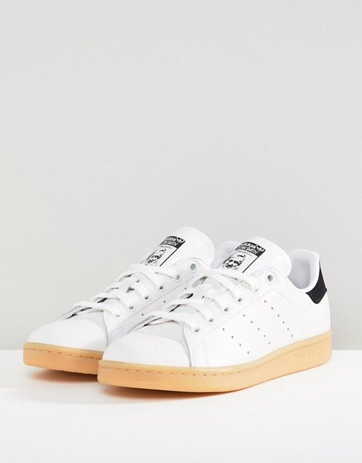 sports shoes 29f2e 47a7f adidas Originals  adidas Originals Stan Smith Sneakers In Off White With  Gum Sole