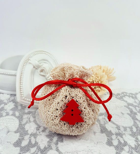 Christmas crochet gift pouch Christmas jewelry pouch ivory