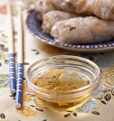 Sauce pour nems et rouleaux de printemps - Ôdélices : Recettes de cuisine faciles et originales ! vinaigre blanc + un peu moins de sucre
