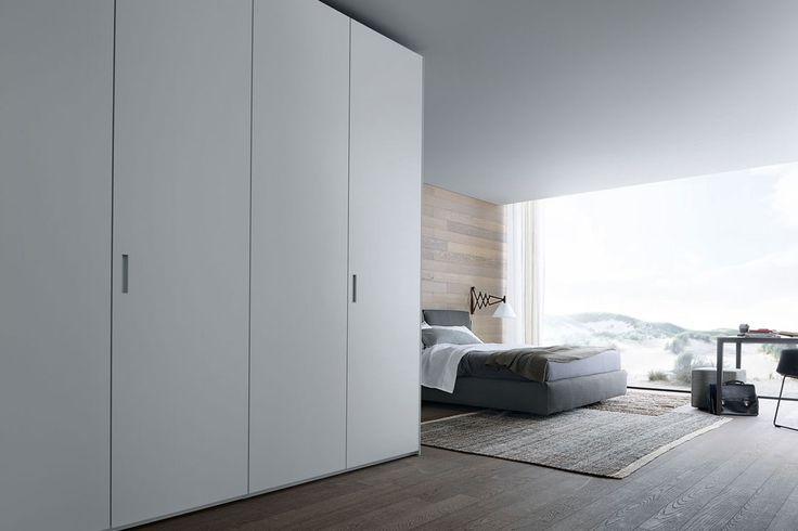 Entre en Gunni & Trentino y descubra lo último en puertas y armarios de lujo. Decore su hogar con nosotros. Nuestros expertos le atenderán personalmente.