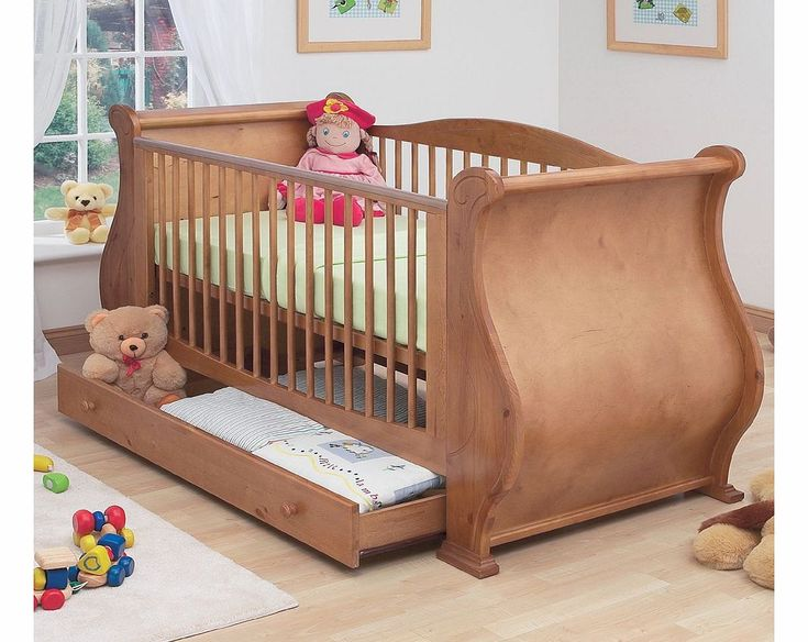 Tutti Bambini Louis Old English Sleigh Cot Tutti Bambini Louis Cot will easily convert into a junior bed. The Cot is practical with storage drawer, durable teething rails and 3 position height adjustable base to grow with your child.This cot i http://www.comparestoreprices.co.uk/baby-cots-and-cot-beds/tutti-bambini-louis-old-english-sleigh-cot.asp