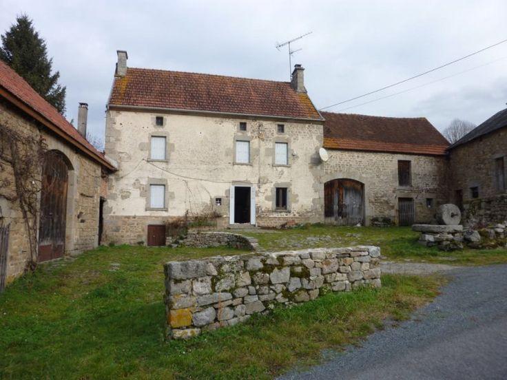 Landelijk wonen met veel mogelijkheden. Gelegen in departement de Creuse in Frankrijk.