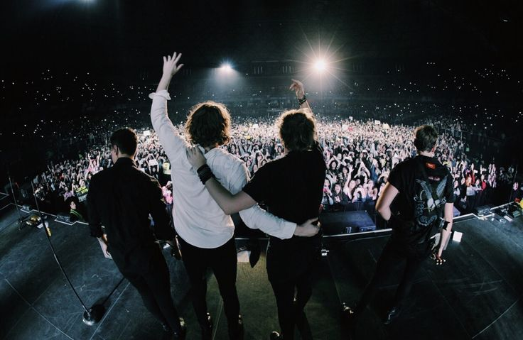 lukehemmings: Santiago, chile you were on fire ❤️ see you next time :)