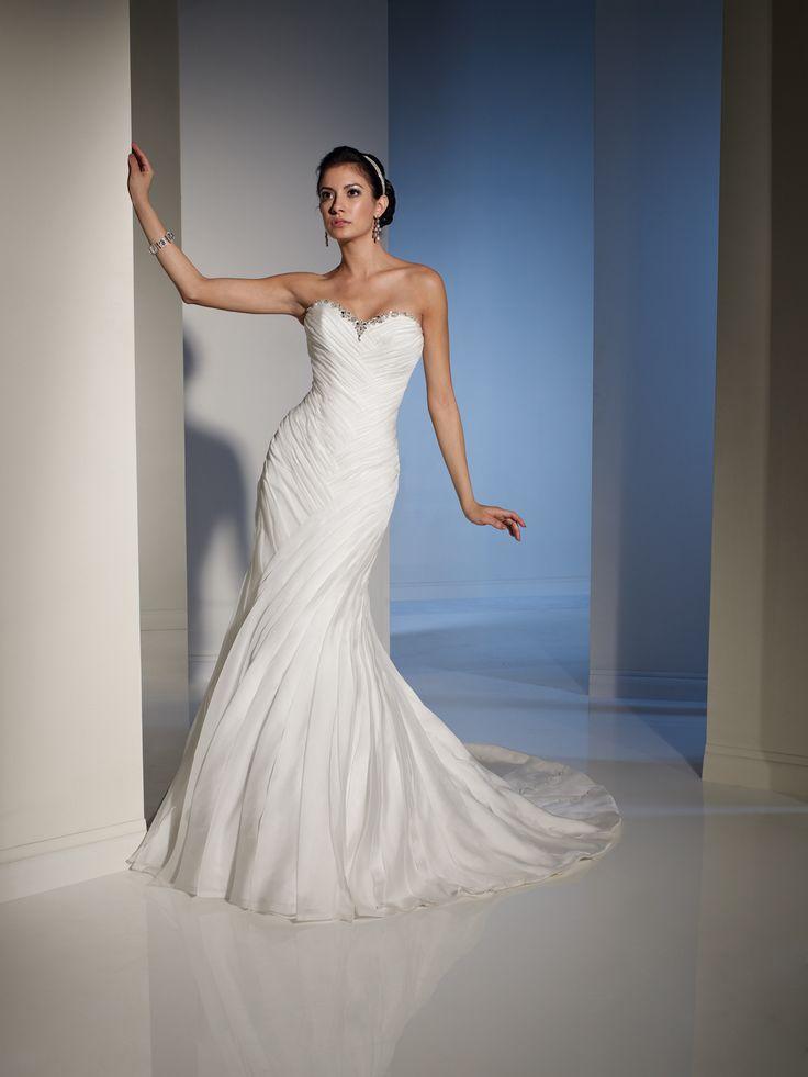 32 best Wedding Dresses images on Pinterest | Short wedding gowns ...