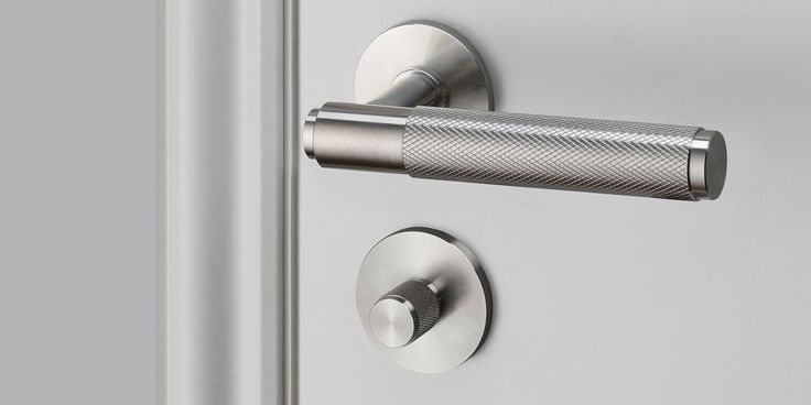 An indoor thumbturn lock made from solid metal. A solid knob with diamond-cut knurled detailing, ensuring pleasure with every touch.