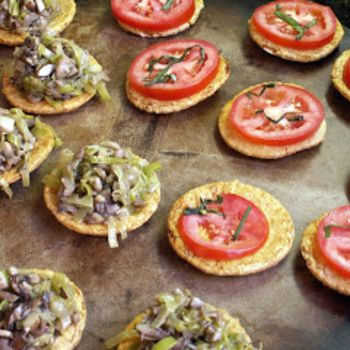 Canapes gluten free and gluten on pinterest for Gluten free canape ideas