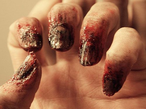 12 examples of awesomely gross halloween nail art