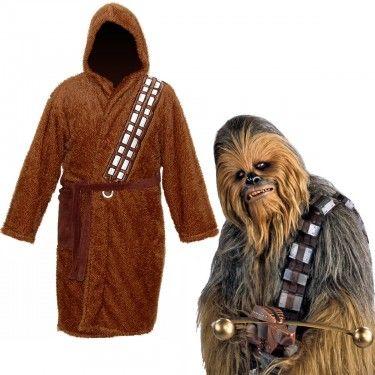 Découvrez le peignoir à l'effigie du plus célèbre des Wookiee : Chewbacca, alias Chewie. Sa fourrure confortable fera votre bonheur à la sortie de la salle de bain