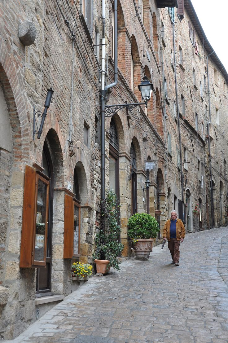 Tuscany Travel Guide Resources & Trip Planning Info by Rick Steves | ricksteves.com