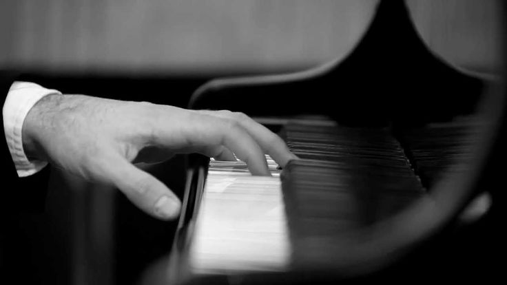 Pianist Ivan Ilić performs the Cadenza from Ravel's Concerto for the Lef...