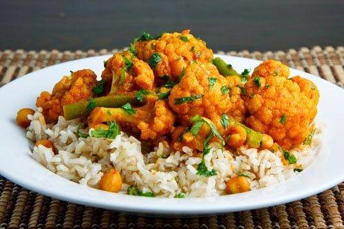Chana Gobi (Chickpea & Cauliflower) Masala. | thefoodsnobuk