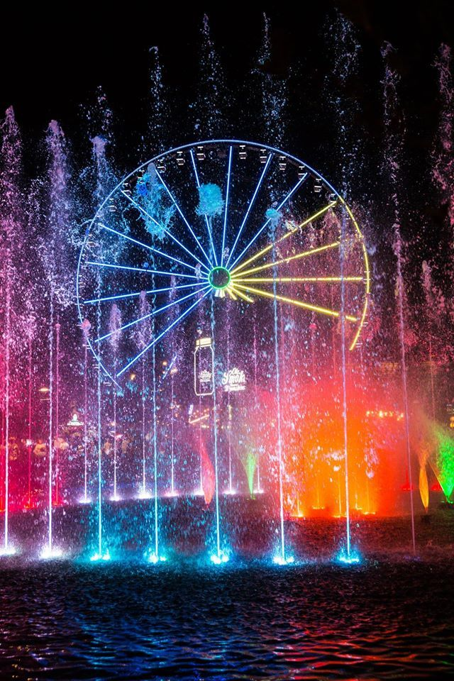 The Island Show Fountain at The Island in Pigeon Forge, Tennessee