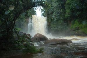Bumbun Waterfall , Murung Raya